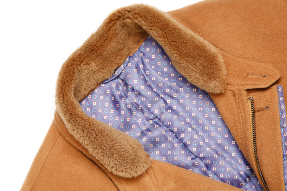 Fleece lined collar of the men's custom overjacket, styled and tailored by Senszio